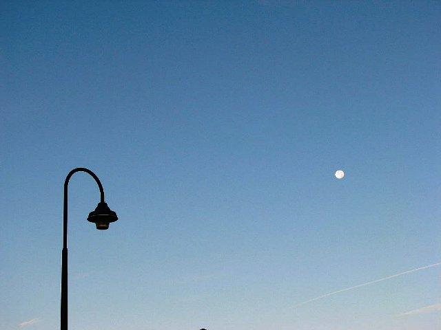 trăng buổi sáng 2