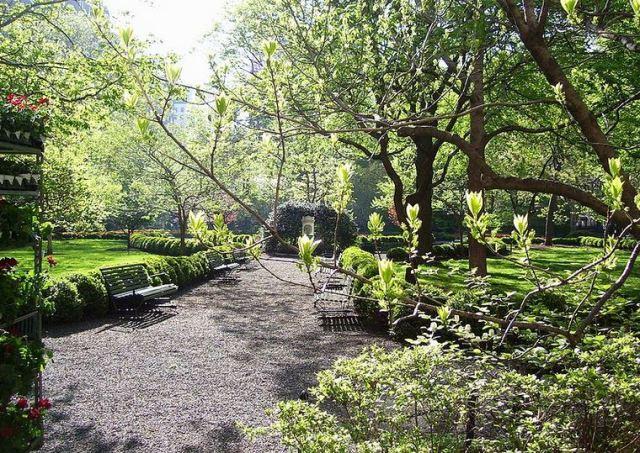 Bên trong Gramercy Park vào mùa xuân
