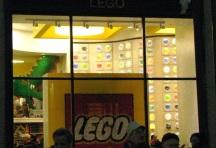 cửa hiệu Lego