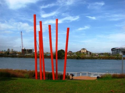 kiến trúc bên sông