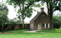 cottage ở cuối vườn