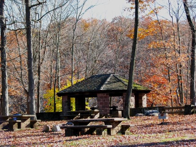 Nhà nghỉ chân ở Seeley's pond
