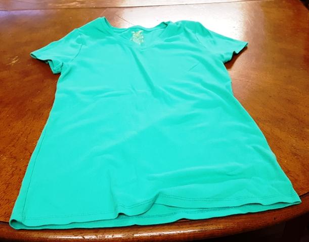 mặc áo xanh ủng hộ bảo vệ biển VN