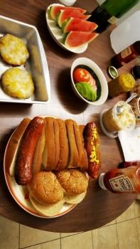 bữa ăn cho chiều ngày lễ Độc Lập