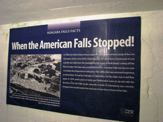 khi thác Niagara bên bờ Hoa Kỳ ngừng chảy