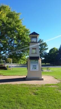 ảnh hải đăng thu nhỏ ở một trạm dừng chân gần khu 1000 islands