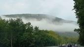 Sương mờ đỉnh núi