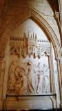Một trong những bức điêu khắc trên tường. Mỗi bức họa có một câu chuyện và một lịch sử. Muốn biết hết chắc phải có một cuốn sách thật to thật dày với nhiều hình ảnh