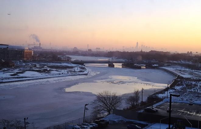 sông đóng băng